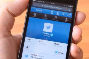 Twitter uses deep learning to recommend tweets on timelines