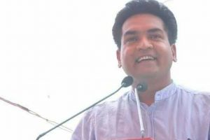 Kapil Mishra slapped during fast; AAP, BJP clash over attacker's affiliation