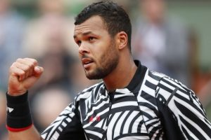 Jo-Wilfried Tsonga retires from Madrid Open due to injury