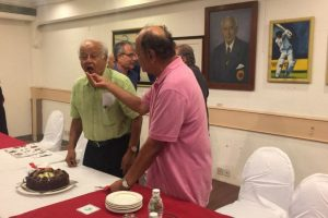 Nandu Natekar's 84th birthday celebrated by Legends' Club
