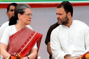 Sonia, Rahul to hold discussions with opposition on Presidential poll