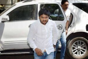 Hardik Patel issues ultimatum to Congress on Patel quotas