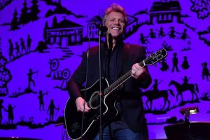 Bon Jovi gives surprise performance at New Jersey college