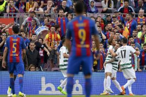 Barcelona battles back to 4-2 win over Eibar