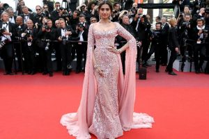 Can't take credit for looking good, says Sonam Kapoor