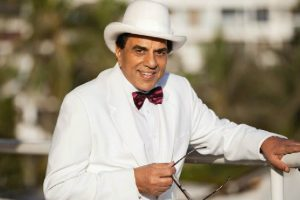 Dharmendra considers himself a newcomer in Bollywood