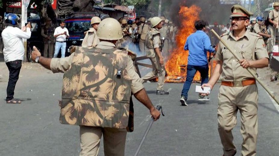 Assam, mobs clash, Assam Police, thirty Injured