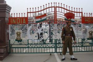 147 Indian fishermen released by Pakistan cross over via Wagah