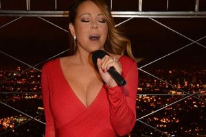 Mariah Carey slammed for being 'bananas'