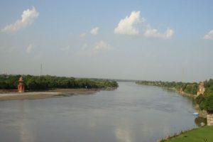 Rains lash Uttar Pradesh, Ganga's water level rises