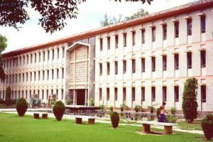 UGC orders special audit in 10 central varsities