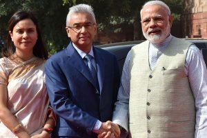 Mauritius PM receives ceremonial welcome at Rashtrapati Bhawan