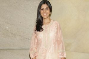 Stop creating fake profiles: Sakshi Tanwar to fans