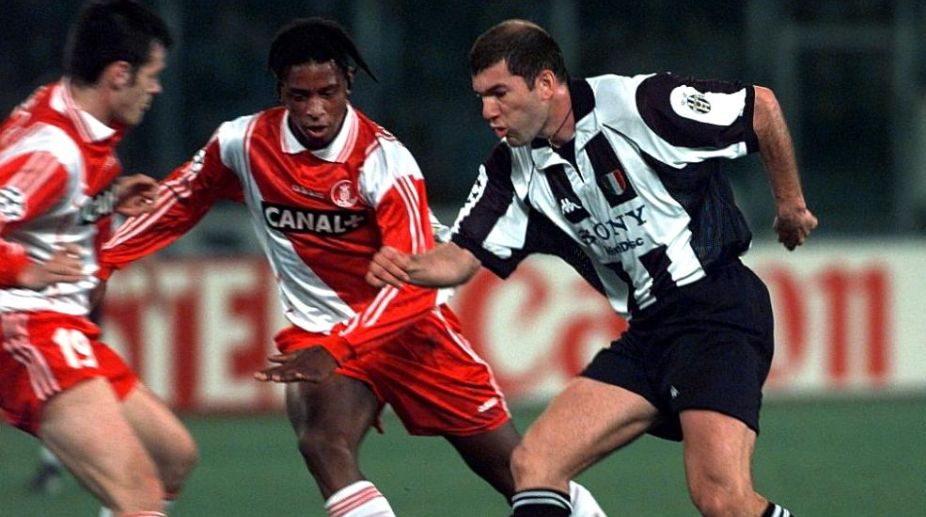 buy online b12eb ff299 Juventus bar Zinedine Zidane's path to history with Real ...