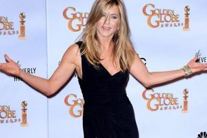 Aniston doesn't help Theroux prepare for 'The Leftovers'