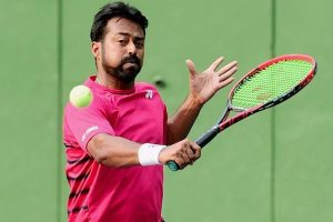 Leander Paes-Scott Lipsky crash out of French Open