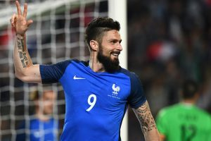 Olivier Giroud hat-trick powers France's demolition of Paraguay