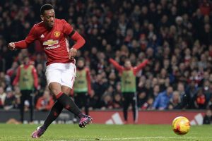 Winger Anthony Martial to stay at Manchester United