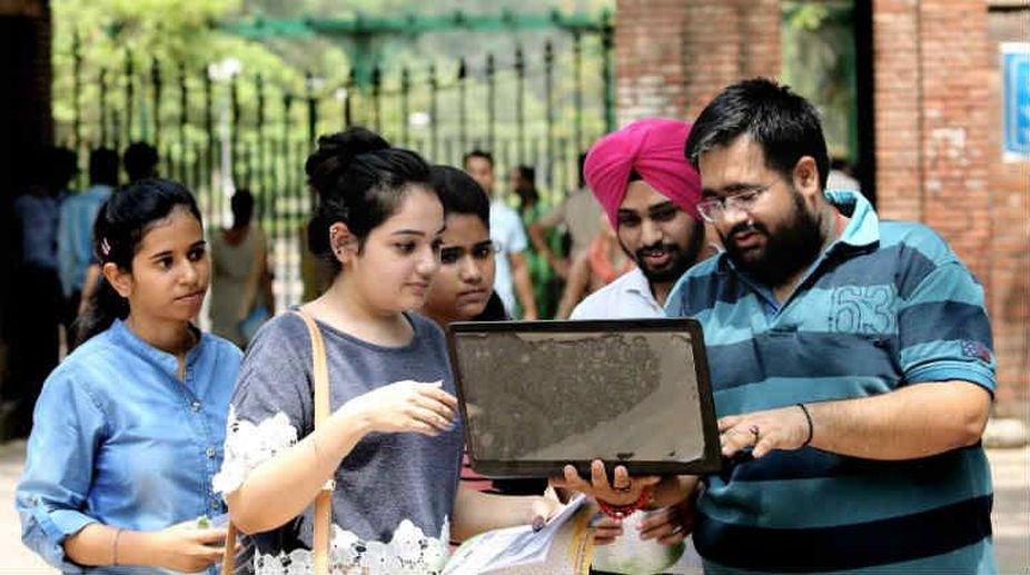 DU closes online process for merit-based UG programmes