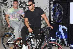 From 'Being Human', Salman Khan goes 'Ecycle'