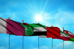 Kuwait offers to mediate in Qatar crisis