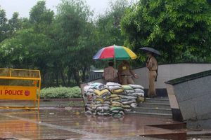 Delhi to get showers on Friday, says weatherman