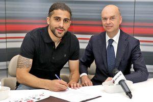 AC Milan sign Wolfsburg full-back Ricardo Rodriguez