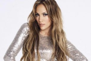 Jennifer Lopez 'lucky' to have twins