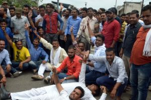 Farmer unions demand President's rule in Madhya Pradesh
