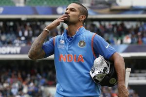 'Zyaada Dimag mat lagao': Shikhar Dhawan attacks Shahid Afridi for his Kashmir remark