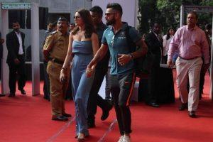 With tears in eyes, Virat Kohli broke captaincy news to Anushka Sharma