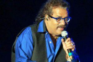 Singer Hariharan becomes 'peacekeeper'
