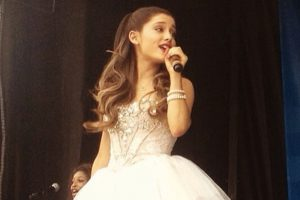 Ariana Grande writes thank you note to fans