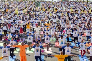 Over 1200 yoga enthusiasts perform 'asanas' in South Africa