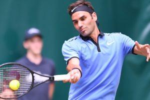 Halle Open: Roger Federer tames Florian Mayer