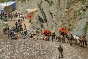 Amarnath yatra: Over 1.15 lakh devotees pay obeisance