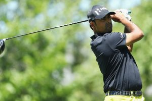 Golfers Anirban Lahiri, Shiv Kapur tee off at British Open