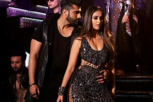 Arjun Kapoor, Ileana D'Cruz to recreate 'Hawa Hawa' on screen