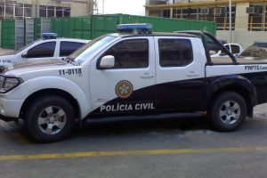 Nearly 100 Rio police targeted in corruption crackdown