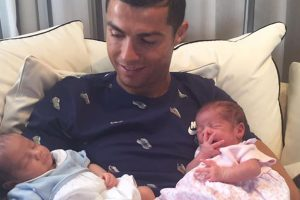 Cristiano Ronaldo confirms birth of twins