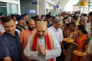 Congress slams Amit Shah meet at Goa airport