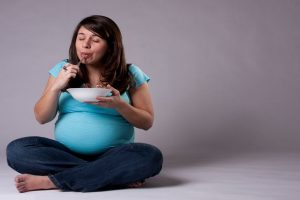 High sugar intake in pregnancy linked to asthma risk in kids