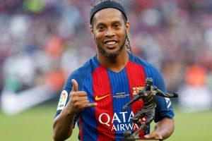 Ronaldinho tells Neymar to go where he is happy