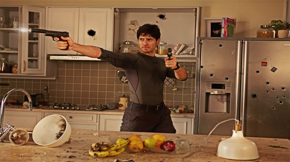 Sidharth Malhotra's gun blazing tough guy look from 'A Gentleman' - The  Statesman