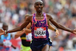 Mo Farah eases to victory, Elaine Thompson edges Dafne Schippers