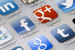 Facebook, Google rule app ecosystem in US