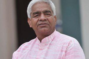 Mahavir Phogat wants to take part in 'Khatron Ke Khiladi'
