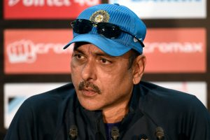 Those criticising Dhoni should look back at their own careers: Ravi Shastri