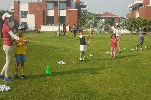 Women to learn Golf for free in Mohali