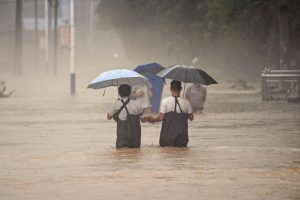 18 killed in China floods